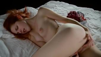 Date masturbating - AmarnaMiller -