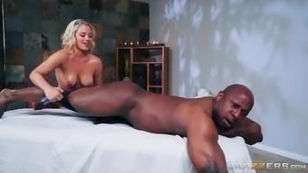Jessica Ryan knows how to seduce a generous black man