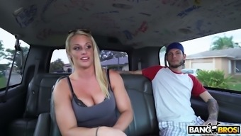 Big tits blond MILF gonna purchase a number of water but ends up fucking inside the vehicle