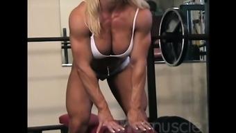 ladies bodybuilder melissa dettwiller gets naked during a workout session