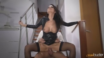 Enjoyable raven haired MILF in attractive leather-based jacket gets fucked on stairs hard