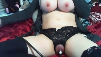 Amateur Big tits Nipple Clamps and Pussy Pump out