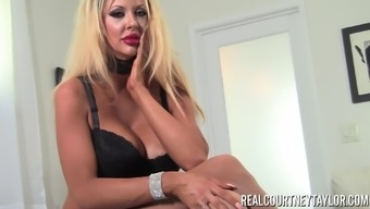 Courtney Taylor can be an unquenchable brown that loves masturbating