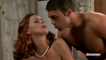 Ginger milf with the use of energetic little nipples Payton Leigh gets fucked greyhound dog design
