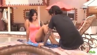SUNNY LEONE Heated Romance with the spouse..L