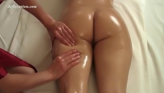 oiled up sunny expansion obtains an exotic rubdown from skilled masseuse
