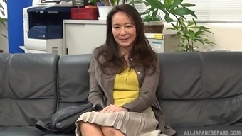 Very mature Far eastern MILF gets a few dick typically from youthful guy
