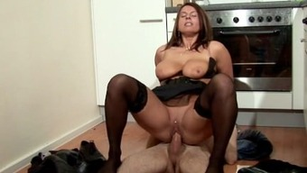 Step-Son Persuade MILF Mum to actually Fuck and Sperm