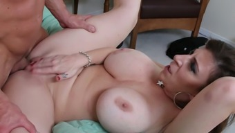 Revitalized blonde mothers along with great boobs Sara Jay gets drilled very difficult
