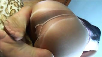 Really stop working of pantyhose gusset