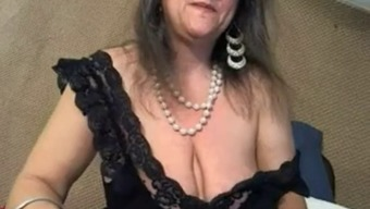 Age by using big clit and large deflated titties - negrofloripa
