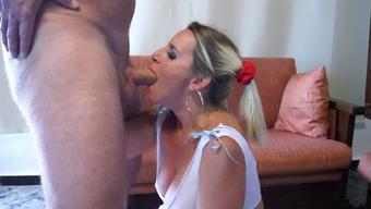 Becomes pregnant Schoolgirl wifey gives unbeleivable deepthroat