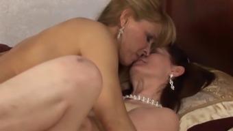 Lesbian Ladies Magdalene & Nicole Moore jk1690