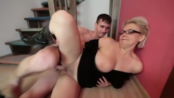 Mom in eye-glasses fuck located on the steps along with little hunk
