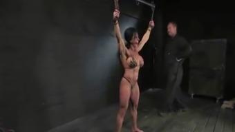 A Musculer Ladies InBondage