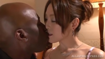 Japanese people hussy gets her pussy laid a hand and torn up using a exemplary hunk