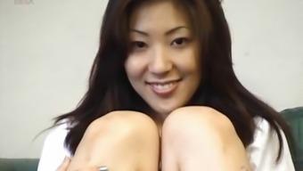 Asian hottie displayed fuzzy crimson