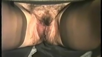 Hirsuite Milf Sitting down and Pissing within the Black Fit and having no Panties