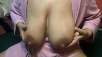 Breast feeding mother substantial nipples Vivan from onmilfcom