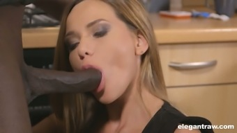 Russian whorish Subil Curve is able to suck delectable robust black cock