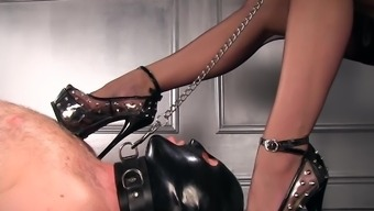 Femdomlady spiked High heel shoes males Slave Defeat