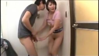 Japanese mom 02