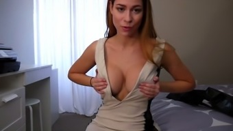 ashley alban - move mama shows off new outfit