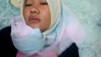 hijab tudung jilbab memek pussy open
