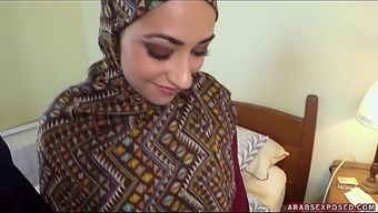 Arab Girl In Hijab: No Earnings, Don't worry - Arabs Vulnerable (xc15339)