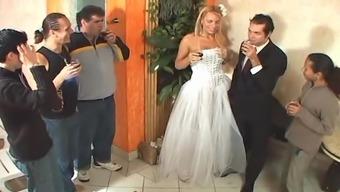 Tranny bride love-making after wedding