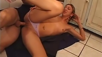 Beautiful missy by using a using warm entire body ends up fucking the instaler