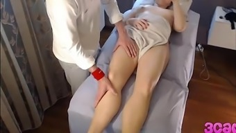 Hidden Cam at Massage Parlour Anal Make use of the