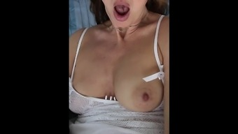 Companion self pleasure and cumshot by using height