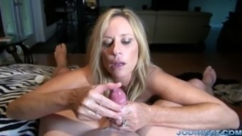 Jodi Western in StepMother's Accept Home or office HandJob