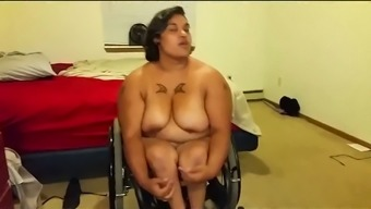 This fat tramp is not has been known to be innocent to carry out a chest examination on video camera