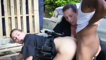 Milf cop gets her titties sucked by thug