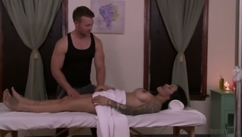 Stunning well shaped transsexual beauty TS Foxxy enjoys massage and anal