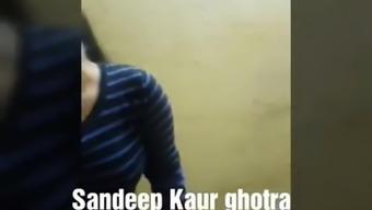 Chasmis Gurl sandeep kair fucked with Bf
