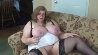 Bbw massive, amazing mom playing