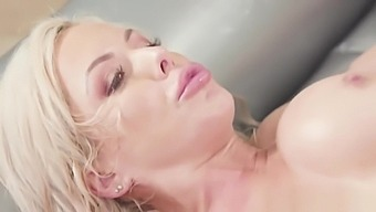 Nina Elle gets her lubed pussy drilled
