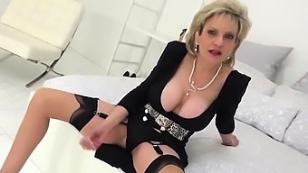Adulterous british milf lady sonia exposes her heavy 08nkn