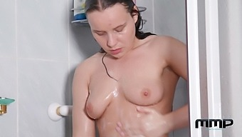 Wendy Moon