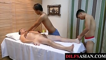 Massaged daddy spitroasted by asian twinks