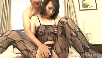 Slim Japanese wife gives head in the most addictive scenes