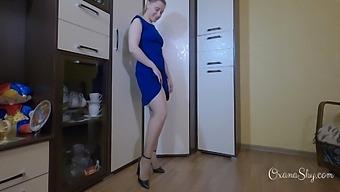 Upskirt Fetish, Stockings, Heels And Butt Plug