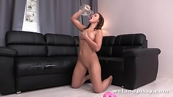 Emma Del rey in Happiness at PuffyNetwork