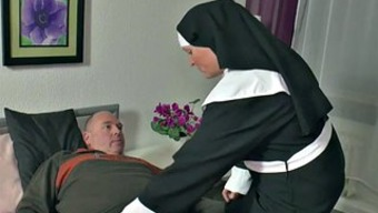 The german language Nanna Nun get Fucked with the use of not daddy in SexTape