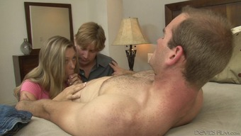 Gorgeous bisexual fucking utilizing a partners relaying a man