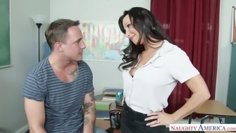 Heated instructor Lezley Zen encourage her pupil to actually lick her soppy pussy