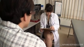 Japanese nurse solutions the duded by supplying him a brilliant handjob